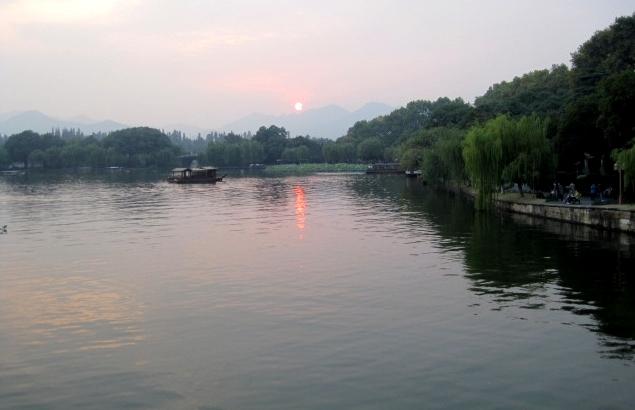 Sunset, West Lake