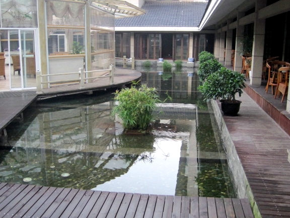 Interior hotel reflecting pool